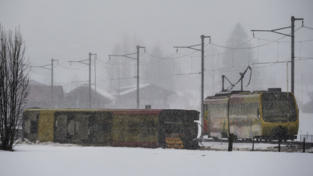 Furtuni cu rafale de 150-200 km/h în toată Europa
