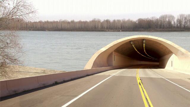 Scandal internaţional la Galaţi. Proiectul tunelului pe sub Dunăre, în atenţia DNA