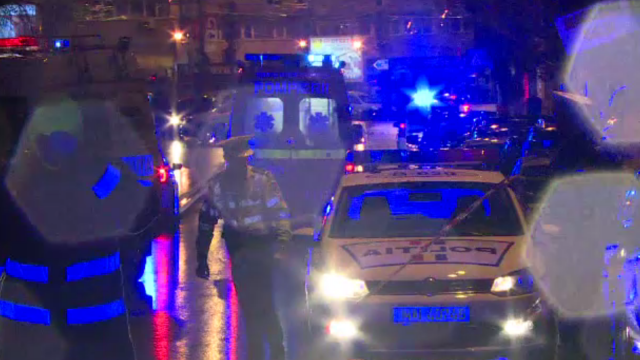 Accident mortal în Capitală. Un șofer vitezoman a pierdut controlul și s-a izbit puternic în mașinile parcate
