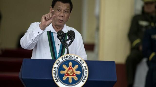 Preşedintele din Filipine cere armatei să-l împuşte dacă devine dictator. \