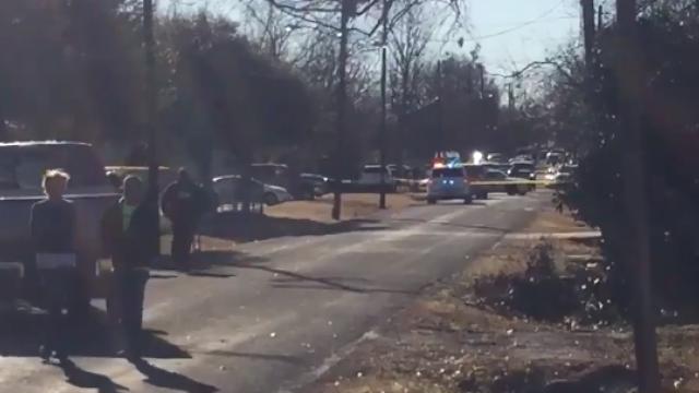 Atac într-o școală din Texas: o elevă a fost împușcată în cantină
