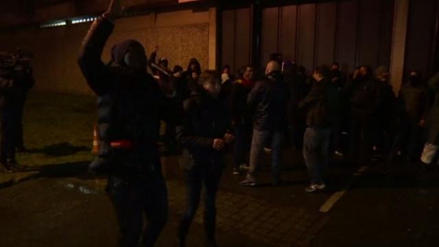Ciocniri violente într-o închisoare din Franța. Este cel mai amplu protest din ultimii 20 de ani