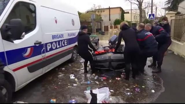 Inundații în Paris: Sena s-a revărsat, iar situația se va înrăutăți