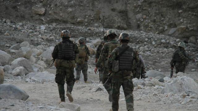 Operaţiune anti-talibani, în Afganistan. Armata încearcă să-i scoată din ascunzători