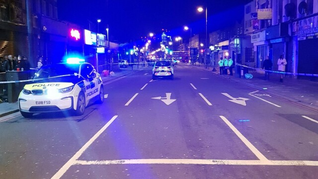 O femeie a fost împuşcată într-un club din Londra în noaptea de Anul Nou