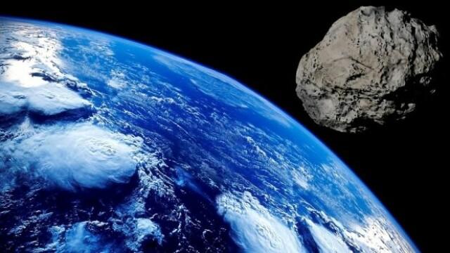 Un asteroid uriaș va trece marți pe lângă Pământ. Ce pericole implică