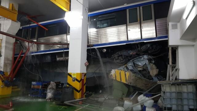 """Raportul privind """"metroul zburător"""" din Depoul Berceni, finalizat. Cine este de vină pentru accident - Imaginea 1"""