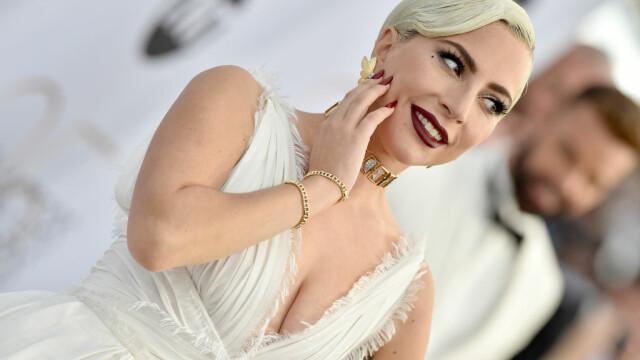 SAG Awards. Lady GaGa, cea mai frumoasă rochie de pe covorul roşu. Jane Fonda, impecabilă. FOTO - Imaginea 1