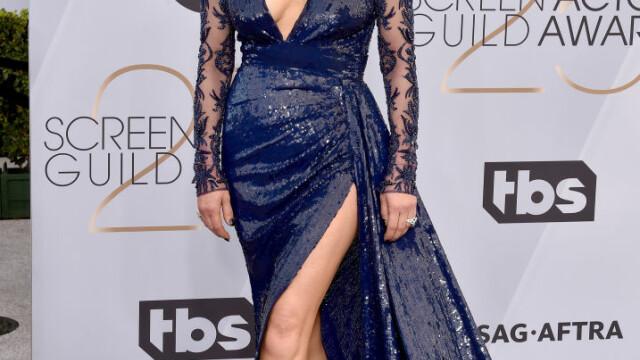 SAG Awards. Lady GaGa, cea mai frumoasă rochie de pe covorul roşu. Jane Fonda, impecabilă. FOTO - Imaginea 3