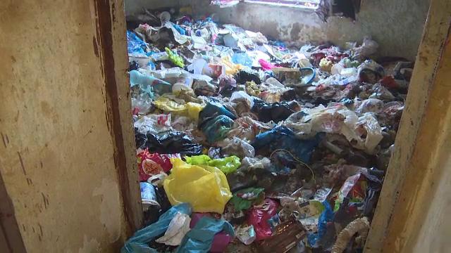 gunoi, apartament, bloc timisoara,