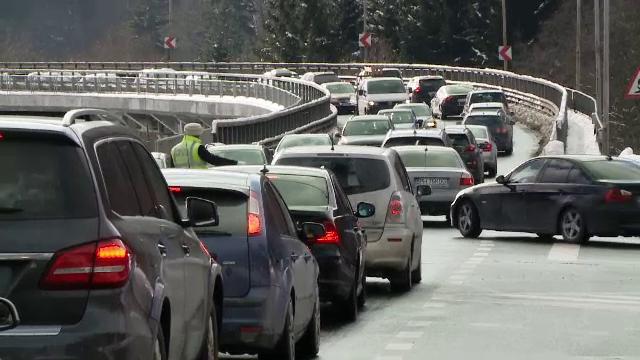 Orban: Izolarea în cazul şoferilor durează până la plecarea într-o nouă deplasare