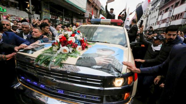 Mii de irakieni l-au omagiat pe Soleimani, la Bagdad. Unde va fi înhumat generalul - Imaginea 4