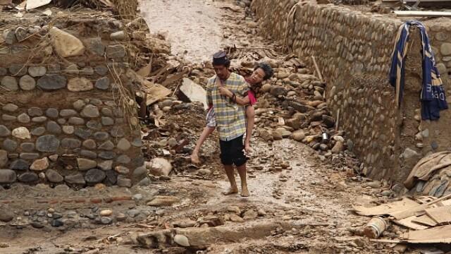 Inundații grave în Indonezia, în zona capitalei. Cel puțin 53 de persoane au murit - Imaginea 5