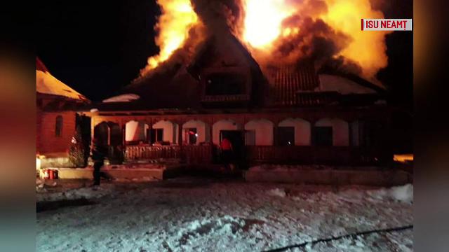 Un incendiu a mistuit stăreția mănăstirii ctitorite de Iustin Pârvu, în Piatra Neamț