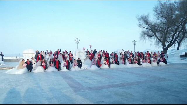 Căsătorii în masă la minus 10 grade Celsius. Ceremonie cu 43 de cupluri, în China