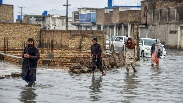 inundatii afganistan pakistan