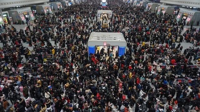 """A început """"cea mai mare migrație umană"""". Chinezii se întorc acasă de Anul Nou - Imaginea 7"""