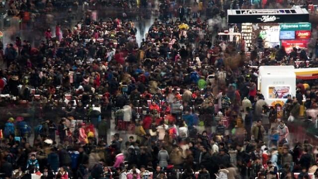 """A început """"cea mai mare migrație umană"""". Chinezii se întorc acasă de Anul Nou - Imaginea 2"""