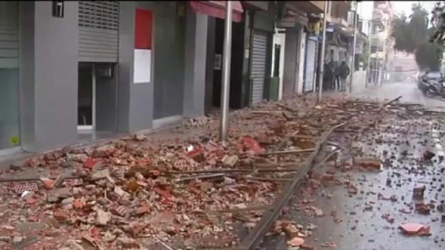 Spania este în alertă din cauza furtunilor violente. Cel puțin 4 oameni au murit - Imaginea 4