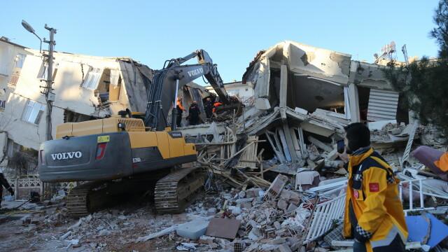În Turcia, după cutremur, oamenii trăiesc cu frică din cauza numeroaselor replici - Imaginea 2