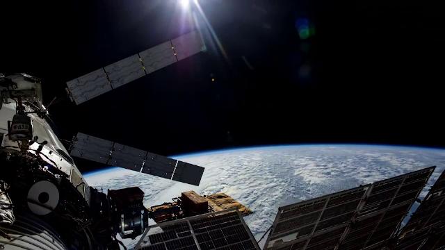 Cum s-a văzut Staţia Spaţială Internaţională când a trecut pe deasupra României. VIDEO - Imaginea 3
