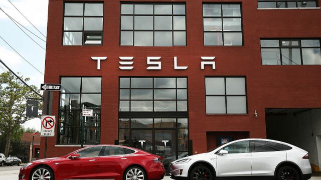 Secretul Tesla. De unde vine profitul net al producătorului auto