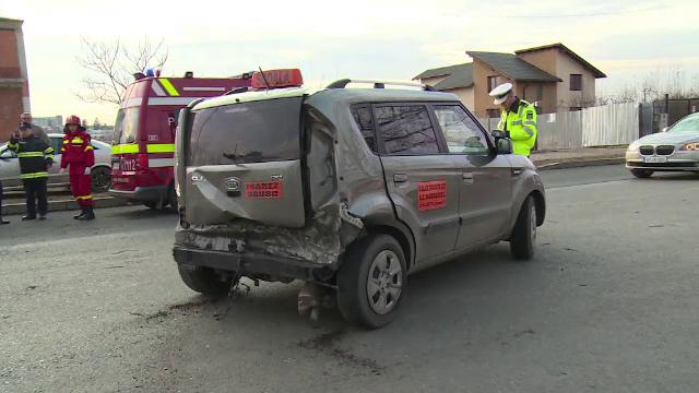 Elevul unei școli de șoferi, implicat într-un grav accident în timpul orelor de conducere - Imaginea 2