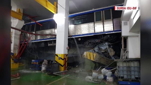 metrou suspendat