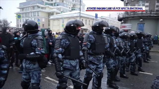 Peste 3.000 de persoane au fost arestate și alte câteva mii au fost bătute crunt la manifestațiile din Rusia