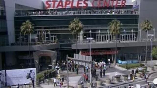 Lacrimi pentru Michael Jackson! Ceremonia de la Staples Center - Imaginea 14