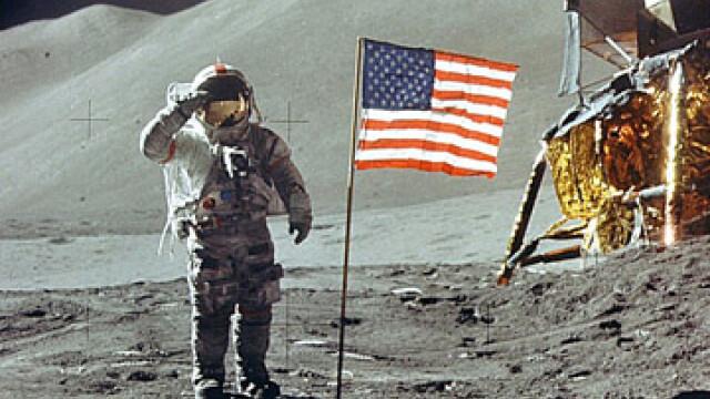 Armstrong, primul care a pasit pe Luna. Aldrin, primul care a urinat - Imaginea 3