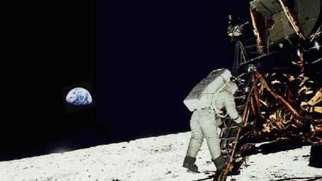 Armstrong, primul care a pasit pe Luna. Aldrin, primul care a urinat - Imaginea 5