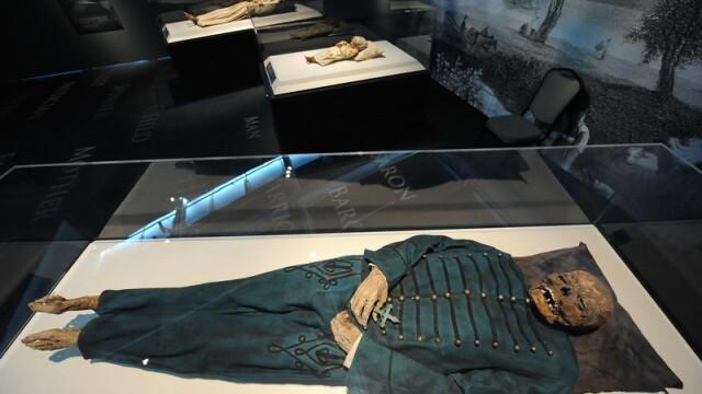 Bebelusul-mumie! Are 6.500 de ani - Imaginea 1
