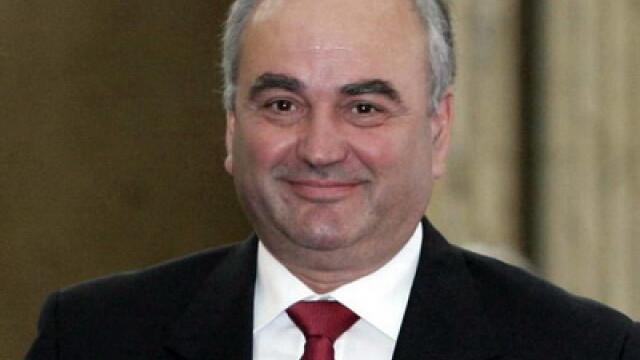 Santaj, coruptie si sute de mii de euro intr-un dosar cu nume grele