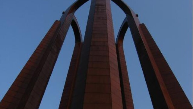 Ce se mai fura pe la romani? Monumentele din fier, ca sa se vanda!