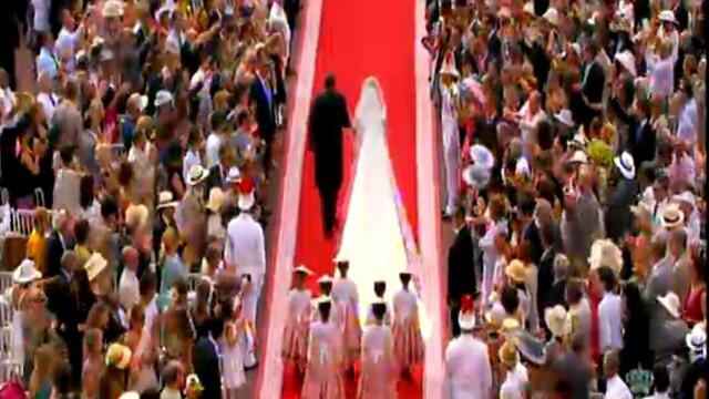 Monaco are o noua printesa. Lacrimi, zambete, emotii si parada modei la nunta verii. VIDEO si FOTO - Imaginea 11