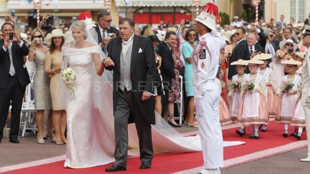 Monaco are o noua printesa. Lacrimi, zambete, emotii si parada modei la nunta verii. VIDEO si FOTO - Imaginea 13