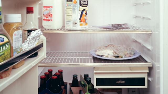 Un sarpe, un steag si pijamale. Iata ce tin oamenii in frigider. GALERIE FOTO - Imaginea 7