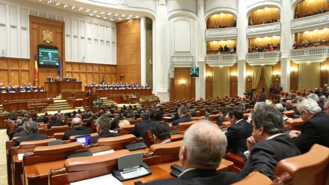 Parlament: Sedinta de plen reunit in care trebuia validat Saftoiu, suspendata din lipsa de cvorum
