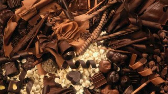 Un degustator de ciocolata s-a retras din activitate dupa ce s-a ingrasat prea mult in numai doi ani