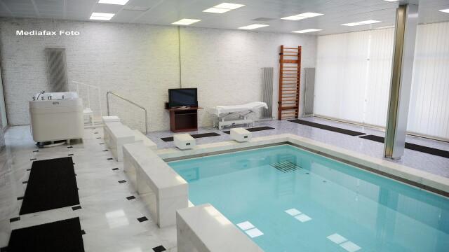 Traian Basescu spune ca a inotat in piscina de la Vila Dante pana la suspendarea sa din functie - Imaginea 1