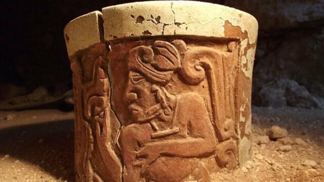 Secretul pastrat timp de 1.300 de ani. Ce au ascuns mayasii in podeaua unui palat din Mexic - Imaginea 3