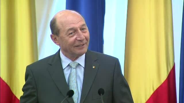 Traian Basescu nu crede ca USL va putea realiza regionalizarea. \