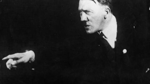 Imaginile pe care Adolf Hitler le-a vrut distruse: cum isi exersa Fuhrer-ul discursurile - Imaginea 2