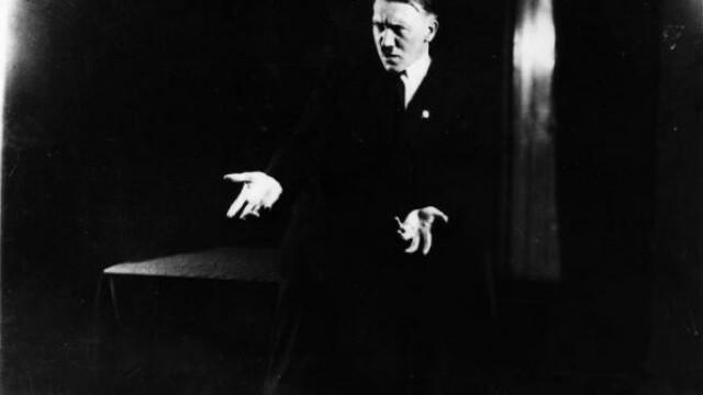 Imaginile pe care Adolf Hitler le-a vrut distruse: cum isi exersa Fuhrer-ul discursurile - Imaginea 1