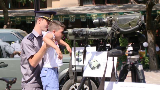 Cei 149 de ani de existenta ai Politiei de Frontiera Timis au fost sarbatoriti in Piata Operei. FOTO - Imaginea 9