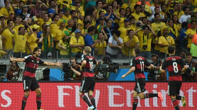 BRAZILIA - GERMANIA 1-7. Tara care a dat culoare fotbalului este umilita pe teren propriu de nemti in semifinalele CM