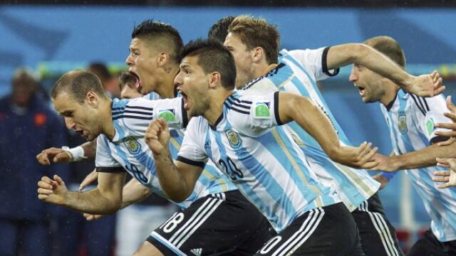 CAMPIONATUL MONDIAL DE FOTBAL 2014. Germania a invins Argentina cu 1 la 0. Mario Goetze i-a adus tarii sale al patrulea titlu - Imaginea 3