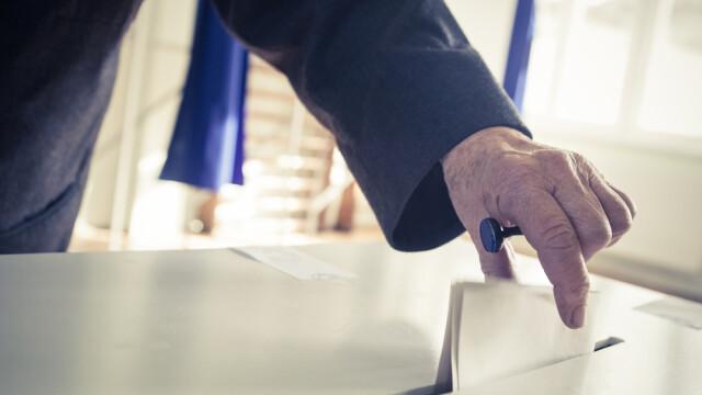 sondaj, voturi