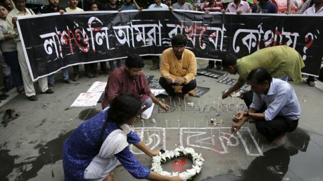 Bilantul atacului din Bangladesh: 20 de morti, zeci de raniti. Primele imagini cu teroristii si detaliul bizar din ele